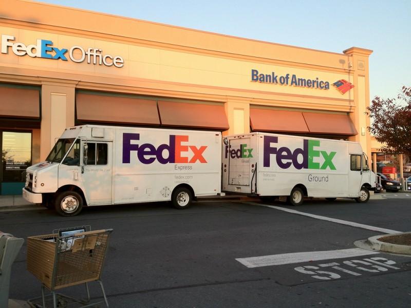 fedex-trucks